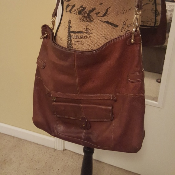 Liz Claiborne Handbags - Vintage Liz Claiborne large leather hobo bag f3b77aa0e20cb